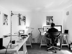 Co to są krzesła ergonomiczne i kto z nich korzysta?